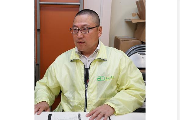 十号通り商店街理事長 秋元浩さん
